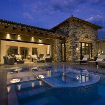 modern-havuzlu-villa-dekorasyonu